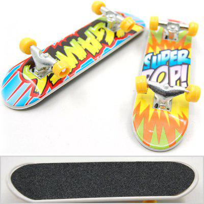 Mini Desktop Toy Skateboard with Various PicturesPretend Play<br>Mini Desktop Toy Skateboard with Various Pictures<br><br>Age: Above 3 Years<br>Material: Alloy<br>Package Contents: 1 x Skateboard Toy<br>Package size (L x W x H): 10.50 x 3.00 x 3.00 cm / 4.13 x 1.18 x 1.18 inches<br>Package weight: 0.0500 kg<br>Product size (L x W x H): 9.50 x 2.50 x 2.50 cm / 3.74 x 0.98 x 0.98 inches<br>Product weight: 0.0250 kg<br>Type: Scooter/Skateboard