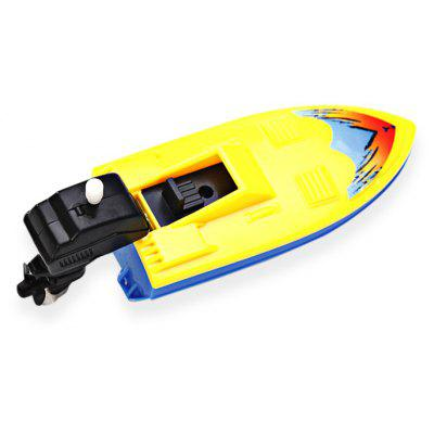Smart Yacht Pattern Plastic Wind-up Toy