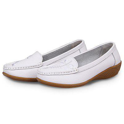 Handcrafted Genuine Leather Casual Shoes for WomenWomens Sneakers<br>Handcrafted Genuine Leather Casual Shoes for Women<br><br>Closure Type: Slip-On<br>Contents: 1 x Pair of Shoes<br>Materials: Genuine Leather, TPR<br>Occasion: Casual<br>Outsole Material: TPR<br>Package Size ( L x W x H ): 25.00 x 18.00 x 11.00 cm / 9.84 x 7.09 x 4.33 inches<br>Package Weights: 0.62kg<br>Seasons: Autumn,Spring,Summer<br>Style: Leisure, Casual<br>Type: Casual Shoes<br>Upper Material: Genuine Leather