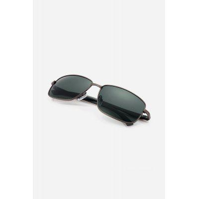 Men Metal Frame Polarized GogglesStylish Sunglasses<br>Men Metal Frame Polarized Goggles<br><br>For: Motorcycle, Climbing, Cross-country, Cycling, Other Outdoor Activities<br>Frame material: Polycarbonate, Metal<br>Functions: UV Protection, Dustproof, Windproof, Fashion<br>Gender: For Men<br>Glasses width: 145mm<br>Lens height: 42mm<br>Lens material: Resin<br>Lens width: 60mm<br>Package Contents: 1 x Pair of Goggles<br>Package size (L x W x H): 16.00 x 8.00 x 6.00 cm / 6.3 x 3.15 x 2.36 inches<br>Package weight: 0.0440 kg<br>Product weight: 0.0220 kg<br>Type: Fashion Sunglasses
