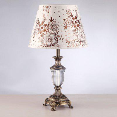 American Style Crystal Dimming Table Lamp 220VTable Lamps<br>American Style Crystal Dimming Table Lamp 220V<br><br>Available Color: Beige<br>Bulb Base Type: E27<br>Input Voltage: 220V<br>Material: Cloth, Crystal<br>Package Contents: 1 x Light, 1 x Assembly Parts<br>Package size (L x W x H): 40.00 x 40.00 x 55.00 cm / 15.75 x 15.75 x 21.65 inches<br>Package weight: 6.0300 kg<br>Powered Source: AC<br>Product size (L x W x H): 30.00 x 30.00 x 52.00 cm / 11.81 x 11.81 x 20.47 inches<br>Product weight: 5.0000 kg<br>Suitable for: Home use, Home Decoration