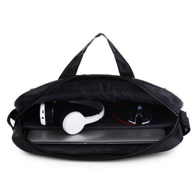 Carrying Sleeve Case Protector Bag for MSI Gaming LaptopTablet Accessories<br>Carrying Sleeve Case Protector Bag for MSI Gaming Laptop<br><br>Accessory type: Laptop Sleeve<br>For: Laptop, Tablet PC<br>Package Contents: 1 x Laptop Sleeve<br>Package size (L x W x H): 44.00 x 34.00 x 4.50 cm / 17.32 x 13.39 x 1.77 inches<br>Package weight: 0.4240 kg<br>Product size (L x W x H): 43.00 x 33.00 x 3.50 cm / 16.93 x 12.99 x 1.38 inches<br>Product weight: 0.3920 kg
