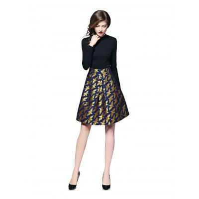 Elegant Jacquard Women Dress SkirtLong Sleeve Dresses<br>Elegant Jacquard Women Dress Skirt<br><br>Dresses Length: Knee-Length<br>Material: Spandex, Rayon, Polyester, Nylon, Cotton<br>Neckline: Round Collar<br>Occasion: Night Out, Party, Semi Formal, Club<br>Package Contents: 1 x Dress Skirt<br>Package size: 30.00 x 29.00 x 1.80 cm / 11.81 x 11.42 x 0.71 inches<br>Package weight: 0.6000 kg<br>Pattern Type: Print<br>Product weight: 0.5500 kg<br>Season: Spring, Fall<br>Silhouette: A-Line<br>Sleeve Length: Long Sleeves<br>Style: Elegant<br>Waist: Natural<br>With Belt: No