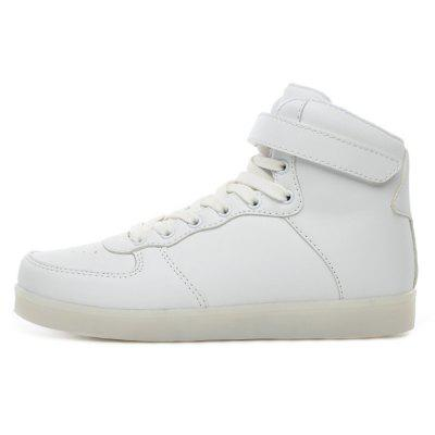 Male Handsome Fluorescence High Top Leather ShoesCasual Shoes<br>Male Handsome Fluorescence High Top Leather Shoes<br><br>Closure Type: Lace-Up<br>Contents: 1 x Pair of Shoes<br>Function: Slip Resistant<br>Materials: Mesh, Rubber, Artificial leather<br>Occasion: Tea Party, Shopping, Outdoor Clothing, Holiday, Daily, Casual, Party<br>Outsole Material: Rubber<br>Package Size ( L x W x H ): 31.00 x 21.00 x 11.00 cm / 12.2 x 8.27 x 4.33 inches<br>Package Weights: 0.87kg<br>Pattern Type: Solid<br>Seasons: Autumn,Spring<br>Style: Modern, Leisure, Fashion, Comfortable, Casual<br>Toe Shape: Round Toe<br>Type: Casual Leather Shoes<br>Upper Material: Artificial leather,Mesh