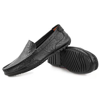 Genuine Leather Slip-on Casual Shoes for MenMen's Oxford<br>Genuine Leather Slip-on Casual Shoes for Men<br><br>Closure Type: Slip-On<br>Contents: 1 x Pair of Shoes<br>Materials: Rubber, Genuine Leather<br>Occasion: Casual, Daily<br>Outsole Material: Rubber<br>Package Size ( L x W x H ): 33.00 x 24.00 x 13.00 cm / 12.99 x 9.45 x 5.12 inches<br>Package Weights: 0.92kg<br>Seasons: Autumn,Spring,Summer<br>Style: Leisure, Fashion, Casual<br>Type: Casual Shoes<br>Upper Material: Leather