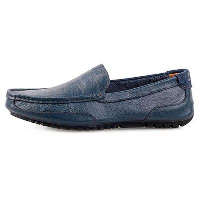 Genuine Leather Slip-on Casual Shoes for MenMen's Oxford<br>Genuine Leather Slip-on Casual Shoes for Men<br><br>Closure Type: Slip-On<br>Contents: 1 x Pair of Shoes<br>Materials: Genuine Leather, Rubber<br>Occasion: Casual, Daily<br>Outsole Material: Rubber<br>Package Size ( L x W x H ): 33.00 x 24.00 x 13.00 cm / 12.99 x 9.45 x 5.12 inches<br>Seasons: Autumn,Spring,Summer<br>Style: Leisure, Fashion, Casual<br>Type: Casual Shoes<br>Upper Material: Leather