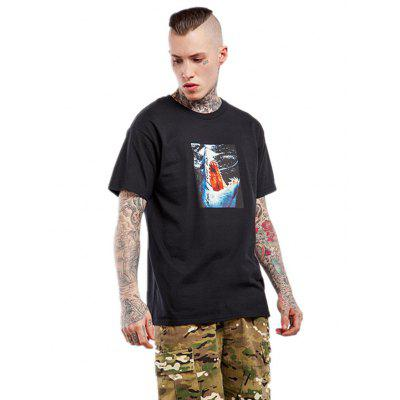 Straight Shark Pattern Short Sleeves T-shirt for MenMens Short Sleeve Tees<br>Straight Shark Pattern Short Sleeves T-shirt for Men<br><br>Fabric Type: Cotton, Spandex<br>Neckline: Round Collar<br>Package Content: 1 x T-shirt<br>Package size: 35.00 x 25.00 x 6.00 cm / 13.78 x 9.84 x 2.36 inches<br>Package weight: 0.2800 kg<br>Product weight: 0.2400 kg<br>Season: Summer<br>Sleeve Length: Short Sleeves