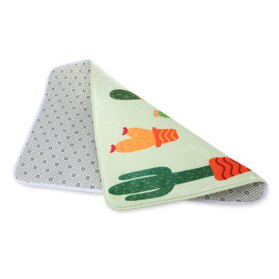 Cute Cactus Printed Rectangle Flannel DoormatOther Bathroom Accessories<br>Cute Cactus Printed Rectangle Flannel Doormat<br><br>Feature: Flannel<br>Package Contents: 1 x Flannel Doormat<br>Package size (L x W x H): 62.00 x 42.00 x 3.00 cm / 24.41 x 16.54 x 1.18 inches<br>Package weight: 0.2320 kg<br>Product size (L x W x H): 60.00 x 40.00 x 1.00 cm / 23.62 x 15.75 x 0.39 inches<br>Product weight: 0.1920 kg<br>Type: Doormat