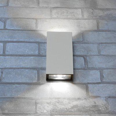 JIAWEN BD - 10W - 004 LED Rectangle Double Sides Wall LightOutdoor Lights<br>JIAWEN BD - 10W - 004 LED Rectangle Double Sides Wall Light<br><br>Brand: JIAWEN<br>Certifications: 3C,CE,RoHs<br>Color Temperature or Wavelength: 6000 - 6500k<br>Connection Type: Hardwired<br>Features: Waterproof<br>Finish: Aluminum<br>Fixture Material: Aluminum<br>LED Quantity: 2<br>Lifetime ( h ): More Than  15000<br>Light Direction: Ambient Light<br>Light Source Color: White<br>Package Contents: 1 x Wall Light<br>Package size (L x W x H): 17.50 x 10.00 x 6.50 cm / 6.89 x 3.94 x 2.56 inches<br>Package weight: 0.5990 kg<br>Plug Type: Electricity<br>Power Supply: AC Powered<br>Primary Application: Wall<br>Product size (L x W x H): 16.50 x 9.00 x 5.50 cm / 6.5 x 3.54 x 2.17 inches<br>Product weight: 0.5200 kg<br>Shade Color: Grey<br>Shade Material: Aluminum<br>Switch Type: In-line<br>Type: LED Floodlight<br>Voltage: 85V - 265V AC<br>Wattage: 10W<br>Working Temperature: 100 Degree Centigrade