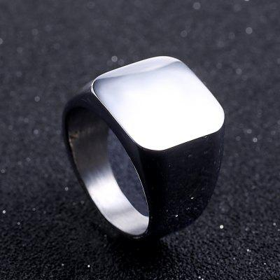 Business Men Fashion Solid RingRings<br>Business Men Fashion Solid Ring<br><br>Fabric: Others<br>Occasions: Casual<br>Package Contents: 1 x Ring<br>Package size (L x W x H): 6.00 x 6.00 x 3.00 cm / 2.36 x 2.36 x 1.18 inches<br>Package weight: 0.0620 kg<br>Product weight: 0.0220 kg<br>Style: Fashion, Modern<br>Type: Rings