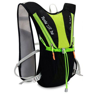 Tanluhu Fashion Outdoor Hydration BackpackBackpacks<br>Tanluhu Fashion Outdoor Hydration Backpack<br><br>Brand: Tanluhu<br>Features: Wearable<br>Gender: Men<br>Material: Nylon<br>Package Size(L x W x H): 20.00 x 10.00 x 38.00 cm / 7.87 x 3.94 x 14.96 inches<br>Package weight: 0.5000 kg<br>Packing List: 1 x Tanluhu Hydration Backpack<br>Product Size(L x W x H): 19.00 x 9.00 x 37.00 cm / 7.48 x 3.54 x 14.57 inches<br>Product weight: 0.4500 kg<br>Style: Fashion, Casual<br>Type: Backpacks