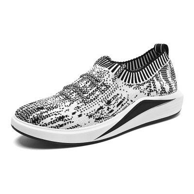 Male Breathable Soft Anti Slip Running SneakersAthletic Shoes<br>Male Breathable Soft Anti Slip Running Sneakers<br><br>Closure Type: Lace-Up, Lace-Up<br>Contents: 1 x Pair of Shoes, 1 x Pair of Shoes<br>Decoration: Weave, Weave<br>Function: Slip Resistant, Slip Resistant<br>Lining Material: Cotton Fabric, Cotton Fabric<br>Materials: Woven Fabric, Woven Fabric, Rubber, Rubber, Fabric, Fabric<br>Occasion: Shopping, Shopping, Sports, Sports, Holiday, Running, Running, Riding, Daily, Daily, Casual, Holiday, Outdoor Clothing, Casual, Riding, Outdoor Clothing, Party, Party<br>Outsole Material: Rubber, Rubber<br>Package Size ( L x W x H ): 32.00 x 22.00 x 11.00 cm / 12.6 x 8.66 x 4.33 inches, 32.00 x 22.00 x 11.00 cm / 12.6 x 8.66 x 4.33 inches<br>Package Weights: 1.00kg, 1.00kg<br>Pattern Type: Stripe, Stripe<br>Seasons: Autumn,Spring, Autumn,Spring<br>Style: Modern, Casual, Casual, Comfortable, Comfortable, Fashion, Fashion, Leisure, Leisure, Modern<br>Toe Shape: Round Toe, Round Toe<br>Type: Sports Shoes, Sports Shoes<br>Upper Material: Woven Fabric, Woven Fabric