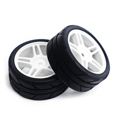 2pcs / set 63mm Rubber Tire with Plastic HubRC Car Parts<br>2pcs / set 63mm Rubber Tire with Plastic Hub<br><br>Package Contents: 2 x Tire<br>Package size (L x W x H): 10.00 x 10.00 x 6.00 cm / 3.94 x 3.94 x 2.36 inches<br>Package weight: 0.0800 kg<br>Product weight: 0.0620 kg<br>Type: Tire
