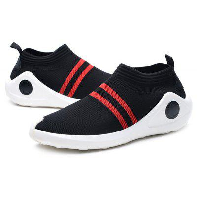 Masculino respirável Soft Knitted Slip On Sneakers