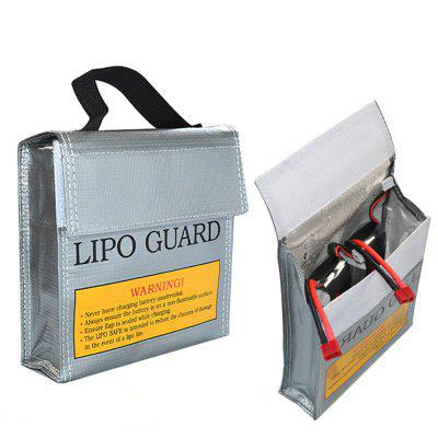 Explosion-proof Safety Bag for LiPo Battery StorageBattery<br>Explosion-proof Safety Bag for LiPo Battery Storage<br><br>Package Contents: 1 x Battery Safety Bag<br>Package size (L x W x H): 16.50 x 16.00 x 1.00 cm / 6.5 x 6.3 x 0.39 inches<br>Package weight: 0.0980 kg<br>Product size (L x W x H): 15.50 x 15.50 x 5.00 cm / 6.1 x 6.1 x 1.97 inches<br>Product weight: 0.0780 kg<br>Type: Backpack