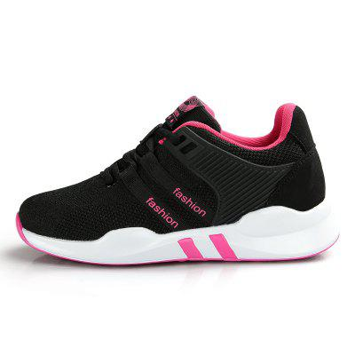 Casual Breathable Running / Jogging Sneakers for WomenWomens Sneakers<br>Casual Breathable Running / Jogging Sneakers for Women<br><br>Closure Type: Lace-Up<br>Contents: 1 x Pair of Shoes<br>Lining Material: Mesh<br>Materials: PU, Fabric, Mesh<br>Occasion: Sports, Running, Casual<br>Outsole Material: PU<br>Package Size ( L x W x H ): 30.00 x 20.00 x 11.00 cm / 11.81 x 7.87 x 4.33 inches<br>Package Weights: 0.85kg<br>Seasons: Autumn,Spring,Summer<br>Style: Comfortable<br>Type: Casual Shoes<br>Upper Material: Cotton Fabric