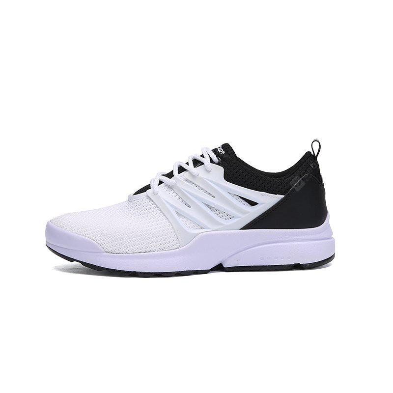 Men Breathable Lightweight Fabric Athletic Shoes