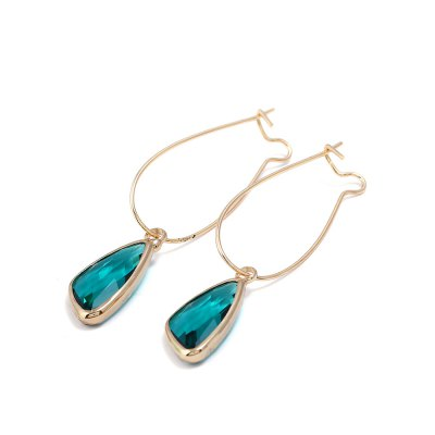 Exquisite Simple Women Crystal EarringsEarrings<br>Exquisite Simple Women Crystal Earrings<br><br>Package Contents: 1 x Pair of Earrings<br>Package weight: 0.0300 kg<br>Product weight: 0.0100 kg<br>Style: Fashion<br>Type: Earrings
