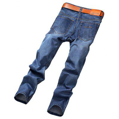 Simple Straight Fit JeansMens Pants<br>Simple Straight Fit Jeans<br><br>Material: Cotton, Cotton Blends<br>Package Contents: 1 x Pants, 1 x Pants<br>Package size: 35.00 x 25.00 x 2.00 cm / 13.78 x 9.84 x 0.79 inches<br>Package weight: 0.5200 kg<br>Product weight: 0.5000 kg