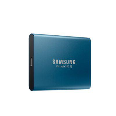 Samsung T5 Portable SSD with USB 3.1 / Hardware EncryptionHDD &amp; SSD<br>Samsung T5 Portable SSD with USB 3.1 / Hardware Encryption<br><br>Brand: SAMSUNG<br>Control Chip: V-NAND<br>Material: Metal<br>Model: T5<br>Package Size(L x W x H): 8.50 x 7.00 x 2.50 cm / 3.35 x 2.76 x 0.98 inches<br>Package weight: 0.2150 kg<br>Packing List: 1 x Samsung T5 Portable SSD<br>Product Size(L x W x H): 7.40 x 5.73 x 1.20 cm / 2.91 x 2.26 x 0.47 inches<br>Product weight: 0.0500 kg<br>System support: Mac OS, Android, Windows<br>Type: SSD