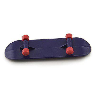 Desktop Toy Skateboard with Various PicturesClassic Toys<br>Desktop Toy Skateboard with Various Pictures<br><br>Material: Plastic<br>Package Contents: 1 x Toy<br>Package size (L x W x H): 10.00 x 5.00 x 5.00 cm / 3.94 x 1.97 x 1.97 inches<br>Package weight: 0.0130 kg<br>Product size (L x W x H): 9.50 x 2.60 x 1.30 cm / 3.74 x 1.02 x 0.51 inches<br>Product weight: 0.0080 kg<br>Type: Scooter/Skateboard