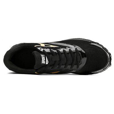 Men Breathable Lightweight Outdoor Athletic ShoesAthletic Shoes<br>Men Breathable Lightweight Outdoor Athletic Shoes<br><br>Closure Type: Lace-Up<br>Contents: 1 x Pair of Shoes<br>Materials: Mesh, Rubber, MD<br>Outsole Material: MD,Rubber<br>Package Size ( L x W x H ): 31.00 x 20.00 x 13.00 cm / 12.2 x 7.87 x 5.12 inches<br>Package Weights: 0.7100kg<br>Product Weights: 0.5600kg<br>Seasons: Autumn,Spring<br>Style: Fashion, Comfortable<br>Toe Shape: Round Toe<br>Type: Sports Shoes<br>Upper Material: Mesh