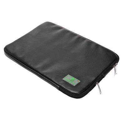 EPGATE Portable Notebook Sleeve Case Bag for 11 inch LaptopLaptop Bags<br>EPGATE Portable Notebook Sleeve Case Bag for 11 inch Laptop<br><br>Brand: EPGATE<br>Package Contents: 1 x Notebook Carrying Case, 1 x Independent Accessory Bag<br>Package size (L x W x H): 34.50 x 24.00 x 4.00 cm / 13.58 x 9.45 x 1.57 inches<br>Package weight: 0.2740 kg<br>Product size (L x W x H): 33.50 x 23.00 x 2.50 cm / 13.19 x 9.06 x 0.98 inches<br>Product weight: 0.2600 kg<br>Size: 11-inch