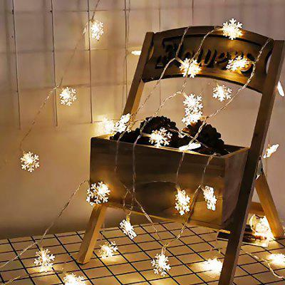 Fashion Snowflake Strip Lights for Home DecorationLED Strips<br>Fashion Snowflake Strip Lights for Home Decoration<br><br>Beam Angle: 360 degree<br>Color Temperature or Wavelength: 3000 - 3500k<br>Features: Festival Lighting<br>LED Quantity: 40<br>Length ( m ): 6<br>Light Source: Energy Saving,LED,LED Light<br>Package Content: 1 x LED Strip Light<br>Package size (L x W x H): 15.00 x 15.00 x 5.00 cm / 5.91 x 5.91 x 1.97 inches<br>Package weight: 1.0050 kg<br>Power Supply: Battery<br>Product size (L x W x H): 600.00 x 4.00 x 0.80 cm / 236.22 x 1.57 x 0.31 inches<br>Product weight: 1.0000 kg<br>Type: String Lights<br>Voltage: 3V<br>Wattage (W): 2