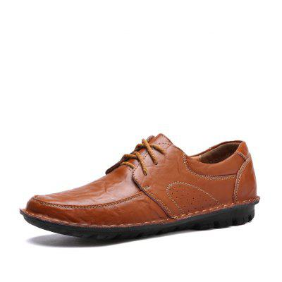 Male Business Soft Breathable Manual Casual Oxford ShoesMen's Oxford<br>Male Business Soft Breathable Manual Casual Oxford Shoes<br><br>Closure Type: Lace-Up<br>Contents: 1 x Pair of Shoes, 1 x Box, 1 x Dustproof Paper<br>Function: Slip Resistant<br>Materials: Leather, Rubber<br>Occasion: Tea Party, Shopping, Party, Office, Holiday, Formal, Dress, Daily, Casual<br>Outsole Material: Rubber<br>Package Size ( L x W x H ): 33.00 x 24.00 x 13.00 cm / 12.99 x 9.45 x 5.12 inches<br>Package Weights: 0.90kg<br>Pattern Type: Solid<br>Seasons: Autumn,Spring<br>Style: Modern, Leisure, Formal, Fashion, Comfortable, Casual, Business<br>Toe Shape: Round Toe<br>Type: Casual Leather Shoes<br>Upper Material: Leather