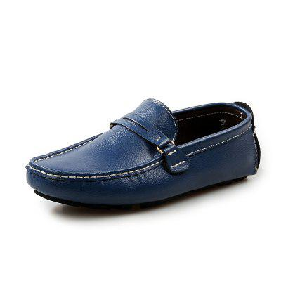 Male Soft Light Stitching Driving Casual Flat LoaferFlats &amp; Loafers<br>Male Soft Light Stitching Driving Casual Flat Loafer<br><br>Closure Type: Slip-On<br>Contents: 1 x Pair of Shoes, 1 x Box, 1 x Dustproof Paper<br>Function: Slip Resistant<br>Materials: Leather, Rubber<br>Occasion: Tea Party, Shopping, Party, Office, Holiday, Formal, Dress, Daily, Casual<br>Outsole Material: Rubber<br>Package Size ( L x W x H ): 33.00 x 24.00 x 13.00 cm / 12.99 x 9.45 x 5.12 inches<br>Package Weights: 0.80kg<br>Pattern Type: Solid<br>Seasons: Autumn,Spring<br>Style: Modern, Leisure, Formal, Fashion, Comfortable, Casual, Business<br>Toe Shape: Round Toe<br>Type: Flat Shoes<br>Upper Material: Leather