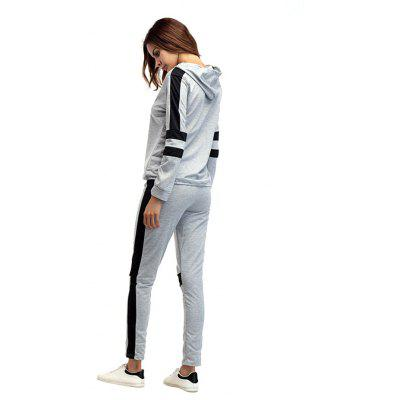 Long Sleeve Hooded Sports Set for WomenWeight Lifting Clothes<br>Long Sleeve Hooded Sports Set for Women<br><br>Features: Breathable, Keep Warm<br>Gender: Women<br>Material: Polyester<br>Package Content: 1 x Set<br>Package size: 25.00 x 14.00 x 3.00 cm / 9.84 x 5.51 x 1.18 inches<br>Package weight: 0.3400 kg<br>Product weight: 0.3200 kg