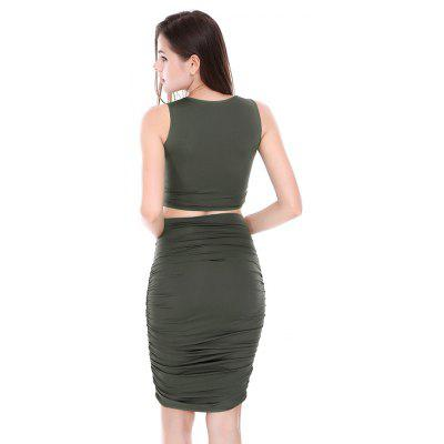Pleated Two-piece Bare-midriff DressWomens Dresses<br>Pleated Two-piece Bare-midriff Dress<br><br>Dresses Length: Knee-Length<br>Elasticity: Elastic<br>Material: Cotton, Polyester<br>Neckline: Round Collar<br>Package Contents: 1 x Dress<br>Package size: 20.00 x 10.00 x 1.00 cm / 7.87 x 3.94 x 0.39 inches<br>Package weight: 0.2200 kg<br>Pattern Type: Solid Color<br>Product weight: 0.2100 kg<br>Season: Summer<br>Silhouette: Two Piece<br>Sleeve Length: Sleeveless<br>Sleeve Type: Cold Shoulder<br>Style: Sexy<br>With Belt: No