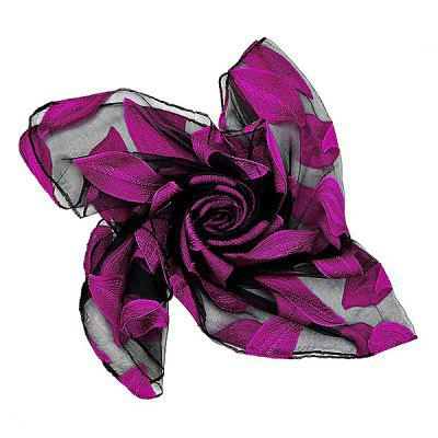 Western Style Leaf Pattern Fluffy Silk Scarf for WomenWomens Scarves<br>Western Style Leaf Pattern Fluffy Silk Scarf for Women<br><br>Material: Silk<br>Package Content: 1 x Scarf<br>Package Dimension: 35.00 x 25.00 x 2.00 cm / 13.78 x 9.84 x 0.79 inches<br>Package weight: 0.0800 kg<br>Product weight: 0.0600 kg<br>Season: Fall, Spring, Winter<br>Style: Fashion