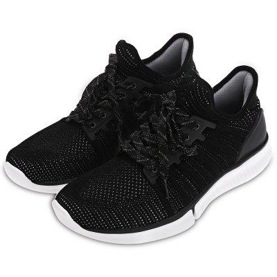 Xiaomi Light Weight Sneakers with Intelligent ChipAthletic Shoes<br>Xiaomi Light Weight Sneakers with Intelligent Chip<br><br>Available Size: 39, 40, 41, 42, 43, 44, 45, 46<br>Brand: Xiaomi<br>Closure Type: Lace-Up<br>Features: Breathable, Shock-absorbing, Anti-slip<br>Gender: Men<br>Highlights: Sweat Absorbing, Built-in Chips, Breathable<br>Package Contents: 1 x Pair of Shoes<br>Package size: 32.00 x 23.00 x 13.00 cm / 12.6 x 9.06 x 5.12 inches<br>Package weight: 0.8850 kg<br>Product weight: 0.5700 kg<br>Season: Summer, Spring, Autumn<br>Sole Material: Rubber<br>Type: Skateboarding Shoes
