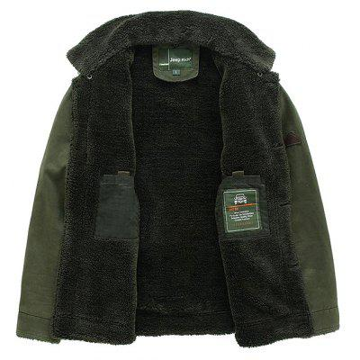 NIAN JEEP Casual Turn-down Fur Collar Jacket for MenMens Jackets &amp; Coats<br>NIAN JEEP Casual Turn-down Fur Collar Jacket for Men<br><br>Brand: NIANJEEP<br>Closure Type: Single Breasted<br>Clothes Type: Jackets<br>Collar: Turn-down Collar<br>Embellishment: Fur collar<br>Materials: Cotton, Polyester<br>Occasion: Daily Use<br>Package Content: 1 x Jacket<br>Package Dimension: 35.00 x 25.00 x 2.00 cm / 13.78 x 9.84 x 0.79 inches<br>Package weight: 1.3200 kg<br>Pattern Type: Solid<br>Product weight: 1.3000 kg<br>Seasons: Autumn,Winter<br>Shirt Length: Regular<br>Sleeve Length: Long Sleeves<br>Style: Fashion, Casual<br>Thickness: Thickening