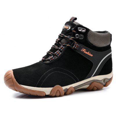 Male Versatile Ankle-top Hiking Athletic ShoesAthletic Shoes<br>Male Versatile Ankle-top Hiking Athletic Shoes<br><br>Closure Type: Lace-Up<br>Contents: 1 x Pair of Shoes, 1 x Box<br>Function: Slip Resistant<br>Lining Material: Plush<br>Materials: MD, Plush, Rubber, Leather<br>Occasion: Sports, Shopping, Running, Rainy Day, Outdoor Clothing, Holiday, Daily, Casual, Riding<br>Outsole Material: MD,Rubber<br>Package Size ( L x W x H ): 31.00 x 23.00 x 13.00 cm / 12.2 x 9.06 x 5.12 inches<br>Package Weights: 1.12kg<br>Seasons: Autumn,Winter<br>Style: Modern, Leisure, Fashion, Comfortable, Casual<br>Toe Shape: Round Toe<br>Type: Sports Shoes<br>Upper Material: Leather