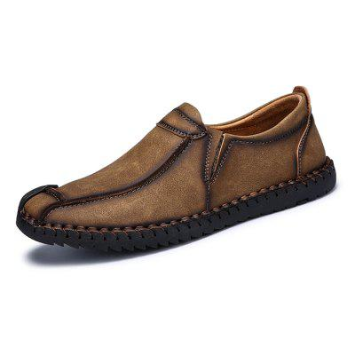 Men\s Vintage Soft Stitching Casual Flat LoaferFlats &amp; Loafers<br>Men\s Vintage Soft Stitching Casual Flat Loafer<br><br>Closure Type: Slip-On<br>Contents: 1 x Pair of Shoes, 1 x Box<br>Function: Slip Resistant<br>Lining Material: PU<br>Materials: Microfiber, PU, Rubber<br>Occasion: Tea Party, Shopping, Party, Office, Holiday, Casual, Daily<br>Outsole Material: Rubber<br>Package Size ( L x W x H ): 31.00 x 20.00 x 12.00 cm / 12.2 x 7.87 x 4.72 inches<br>Package weight: 0.9000 kg<br>Pattern Type: Solid<br>Product weight: 0.7500 kg<br>Seasons: Autumn,Spring<br>Style: Modern, Leisure, Fashion, Comfortable, Casual<br>Toe Shape: Round Toe<br>Type: Flat Shoes<br>Upper Material: Microfiber