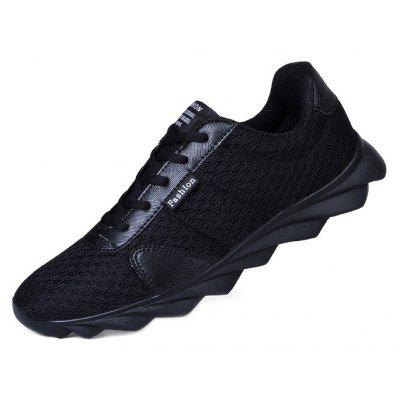 Men\s Outdoor Ultralight Breathable Running Athletic ShoesAthletic Shoes<br>Men\s Outdoor Ultralight Breathable Running Athletic Shoes<br><br>Closure Type: Lace-Up<br>Contents: 1 x Pair of Shoes, 1 x Box, 1 x Dustproof Paper<br>Decoration: Split Joint<br>Function: Slip Resistant<br>Materials: MD, Mesh<br>Occasion: Sports, Shopping, Running, Riding, Outdoor Clothing, Casual, Daily, Holiday<br>Outsole Material: MD<br>Package Size ( L x W x H ): 33.00 x 24.00 x 13.00 cm / 12.99 x 9.45 x 5.12 inches<br>Package weight: 0.8000 kg<br>Product weight: 0.6000 kg<br>Seasons: Autumn,Spring,Summer<br>Style: Modern, Leisure, Fashion, Comfortable, Casual<br>Toe Shape: Round Toe<br>Type: Sports Shoes<br>Upper Material: Mesh