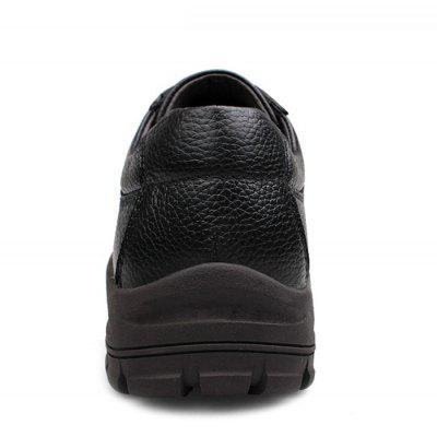 Casual Genuine Leather Lace-up ShoesCasual Shoes<br>Casual Genuine Leather Lace-up Shoes<br><br>Closure Type: Lace-Up<br>Contents: 1 x Pair of Shoes<br>Materials: Genuine Leather, Rubber<br>Occasion: Casual, Daily, Holiday<br>Outsole Material: Rubber<br>Package Size ( L x W x H ): 33.00 x 24.00 x 13.00 cm / 12.99 x 9.45 x 5.12 inches<br>Package weight: 1.0000 kg<br>Product weight: 0.8000 kg<br>Seasons: Autumn,Spring<br>Style: Leisure, Comfortable, Casual<br>Toe Shape: Round Toe<br>Type: Casual Leather Shoes<br>Upper Material: Genuine Leather