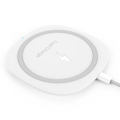 TOCHIC Qi Wireless Charger Pad Ultra-thin 10W Fast ChargeiPhone Cables &amp; Adapters<br>TOCHIC Qi Wireless Charger Pad Ultra-thin 10W Fast Charge<br><br>Color: White<br>Connection Type: Micro USB<br>Mainly Compatible with: Apple, HTC, LG, Motorola, SAMSUNG<br>Output: 5W / 10W<br>Package Contents: 1 x Wireless Charger, 1 x Cable<br>Package size (L x W x H): 15.50 x 11.80 x 2.50 cm / 6.1 x 4.65 x 0.98 inches<br>Package weight: 0.1200 kg<br>Product Size(L x W x H): 10.80 x 10.80 x 0.80 cm / 4.25 x 4.25 x 0.31 inches<br>Product weight: 0.0700 kg<br>Type: Wireless Chargers<br>Wireless transmission distance: 5mm