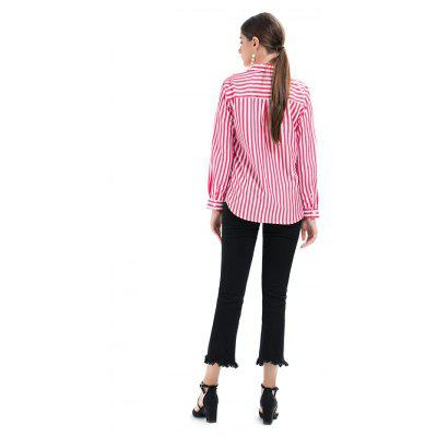 Turn-down Collar Striped Long Sleeves BlouseBlouses<br>Turn-down Collar Striped Long Sleeves Blouse<br><br>Collar: Turn-down Collar<br>Material: Cotton, Polyester<br>Package Content: 1 x Blouse<br>Package size (L x W x H): 35.00 x 28.00 x 3.00 cm / 13.78 x 11.02 x 1.18 inches<br>Package weight: 0.1700 kg<br>Pattern Type: Stripe<br>Product weight: 0.1400 kg<br>Season: Spring, Fall<br>Shirt Length: Regular<br>Sleeve Length: Long Sleeves<br>Style: Active, Fashion