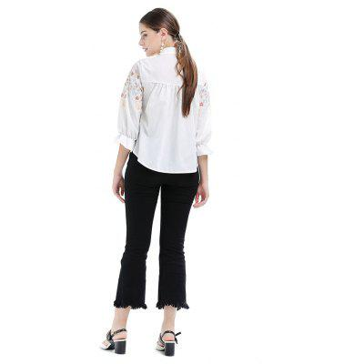 Embroidered Stand Collar Flare Sleeves BlouseBlouses<br>Embroidered Stand Collar Flare Sleeves Blouse<br><br>Collar: Stand Collar<br>Embellishment: Embroidered<br>Material: Cotton, Polyester<br>Package Content: 1 x Blouse<br>Package size (L x W x H): 35.00 x 28.00 x 3.00 cm / 13.78 x 11.02 x 1.18 inches<br>Package weight: 0.2000 kg<br>Product weight: 0.1800 kg<br>Season: Spring, Fall<br>Shirt Length: Regular<br>Sleeve Length: 3/4 Length Sleeves<br>Sleeve Type: Flare Sleeve<br>Style: Fashion, Active