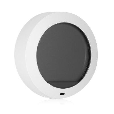 Xiaomi Thermostat Accuracy Temperature Humidity MonitorOther Home Improvement<br>Xiaomi Thermostat Accuracy Temperature Humidity Monitor<br><br>Brand: Xiaomi<br>Package Contents: 1 x Thermostat, 1 x AAA Battery, 1 x Manual<br>Package size (L x W x H): 8.00 x 8.00 x 5.00 cm / 3.15 x 3.15 x 1.97 inches<br>Package weight: 0.0820 kg<br>Product size (L x W x H): 6.08 x 6.08 x 2.25 cm / 2.39 x 2.39 x 0.89 inches<br>Product weight: 0.0430 kg<br>Wire Length (m): Cordless