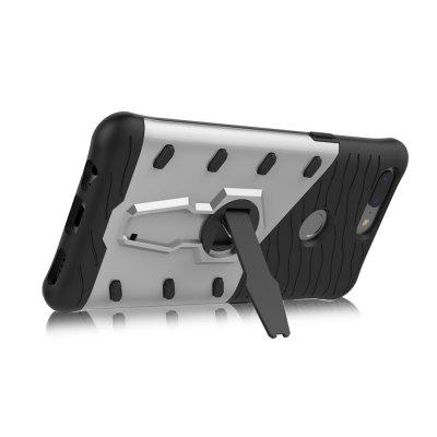 Luanke Durable Phone Cover Case for OnePlus 5TCases &amp; Leather<br>Luanke Durable Phone Cover Case for OnePlus 5T<br><br>Brand: Luanke<br>Compatible Model: OnePlus 5T<br>Features: Back Cover<br>Material: PC, TPU<br>Package Contents: 1 x Case<br>Package size (L x W x H): 20.00 x 12.00 x 2.50 cm / 7.87 x 4.72 x 0.98 inches<br>Package weight: 0.0680 kg<br>Product Size(L x W x H): 16.25 x 8.00 x 1.30 cm / 6.4 x 3.15 x 0.51 inches<br>Product weight: 0.0450 kg