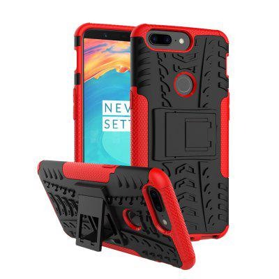 Luanke Practical Phone Cover Case for OnePlus 5TCases &amp; Leather<br>Luanke Practical Phone Cover Case for OnePlus 5T<br><br>Brand: Luanke<br>Compatible Model: OnePlus 5T<br>Features: Back Cover<br>Material: PC, TPU<br>Package Contents: 1 x Case<br>Package size (L x W x H): 20.00 x 12.00 x 2.50 cm / 7.87 x 4.72 x 0.98 inches<br>Package weight: 0.0670 kg<br>Product Size(L x W x H): 16.25 x 8.00 x 1.30 cm / 6.4 x 3.15 x 0.51 inches<br>Product weight: 0.0450 kg<br>Style: Modern