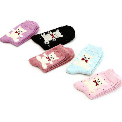 5 Paired Women Breathable Warm Socks with Bear PatternWomens Socks &amp; Hosieries<br>5 Paired Women Breathable Warm Socks with Bear Pattern<br><br>Contents: 5 x Pair of Socks<br>Gender: Women<br>Package size (L x W x H): 24.00 x 4.00 x 8.00 cm / 9.45 x 1.57 x 3.15 inches<br>Package weight: 0.0210 kg<br>Product weight: 0.0200 kg<br>Style: Fashion<br>Type: Socks