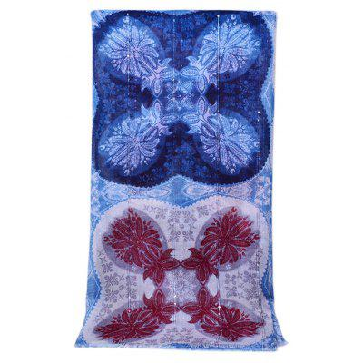 Soft Tassels Petal Motif Sequins Cotton ScarfWomens Scarves<br>Soft Tassels Petal Motif Sequins Cotton Scarf<br><br>Material: Cotton<br>Package Content: 1 x Scarf<br>Package Dimension: 30.00 x 40.00 x 2.00 cm / 11.81 x 15.75 x 0.79 inches<br>Package weight: 0.1700 kg<br>Product weight: 0.1500 kg<br>Scarf Length: 180cm<br>Scarf Width (CM): 90cm<br>Season: Winter, Spring, Fall<br>Style: Fashion, Casual