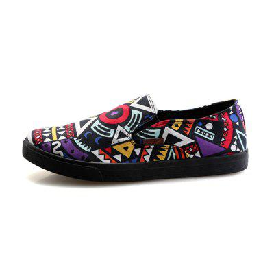 Men Stylish Geometric Graffiti Casual Canvas Flat LoafersFlats &amp; Loafers<br>Men Stylish Geometric Graffiti Casual Canvas Flat Loafers<br><br>Closure Type: Slip-On<br>Contents: 1 x Pair of Shoes, 1 x Box<br>Function: Slip Resistant<br>Materials: Rubber, Canvas<br>Occasion: Tea Party, Shopping, Party, Holiday, Daily, Casual<br>Outsole Material: Rubber<br>Package Size ( L x W x H ): 32.00 x 20.00 x 10.00 cm / 12.6 x 7.87 x 3.94 inches<br>Package weight: 0.6500 kg<br>Product weight: 0.6000 kg<br>Seasons: Autumn,Spring,Summer<br>Style: Modern, Leisure, Fashion, Comfortable, Casual<br>Toe Shape: Round Toe<br>Type: Flat Shoes<br>Upper Material: Canvas
