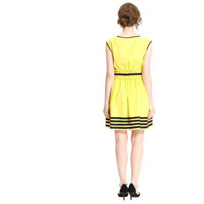 FRMZ Women Stylish Sleeveless Stripe DressWomens Dresses<br>FRMZ Women Stylish Sleeveless Stripe Dress<br><br>Brand: FRMZ<br>Dresses Length: Knee-Length<br>Material: Polyester, Spandex<br>Package Contents: 1 x Dress<br>Package size: 30.00 x 29.00 x 2.00 cm / 11.81 x 11.42 x 0.79 inches<br>Package weight: 0.2600 kg<br>Pattern Type: Striped<br>Product weight: 0.2200 kg<br>Season: Spring, Fall, Summer<br>Silhouette: A-Line<br>Sleeve Length: Sleeveless<br>Style: Cute<br>With Belt: Yes