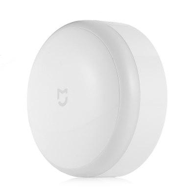 Xiaomi Mijia Sensor Night LightNight Lights<br>Xiaomi Mijia Sensor Night Light<br><br>Battery Type: 3 x AA batteries ( Not Included )<br>Brand: Xiaomi<br>Input Voltage: DC 4.5V<br>Luminance: 0.7Lm, 3.8Lm<br>Material: ABS<br>Optional Light Color: Warm White<br>Package Contents: 1 x Mijia Sensor Night Light<br>Package size (L x W x H): 12.00 x 12.00 x 8.00 cm / 4.72 x 4.72 x 3.15 inches<br>Package weight: 0.1500 kg<br>Power Supply: Battery<br>Product size (L x W x H): 8.40 x 8.40 x 3.60 cm / 3.31 x 3.31 x 1.42 inches<br>Product weight: 0.1350 kg<br>Type: Night Light